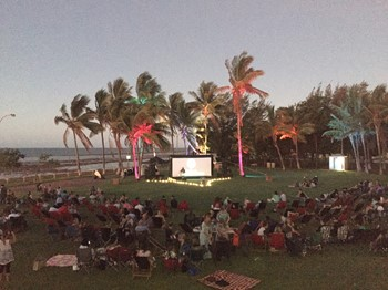 Record Crowds for Opera Under the Stars